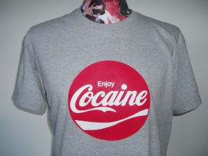 MENS RARE RETRO AMERICAN 70`S `COCAINE` T-SHIRT